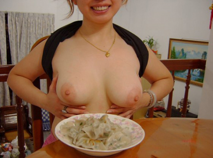 asian girlfriend like to fuck